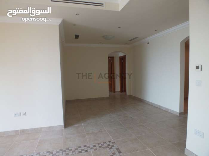 2 Bedroom Apartment Semi Furnished in The Pearl