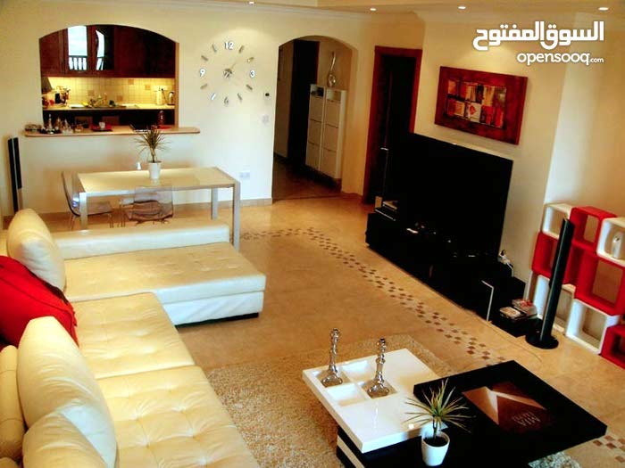 2 bedroom Apartment in The Pearl