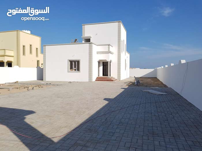 4 rooms 3 bathrooms Villa for sale in BarkaAl Haram