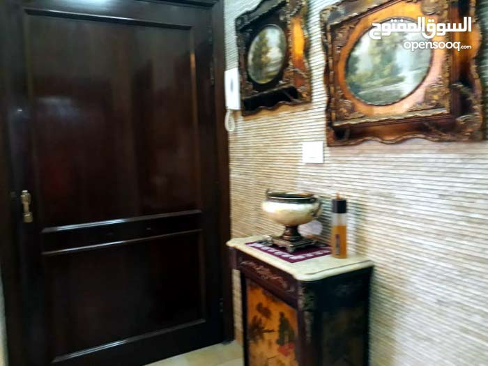 FULLY FURNISHED APARTMENT LOCATED IN HAMRA NEAR AUH