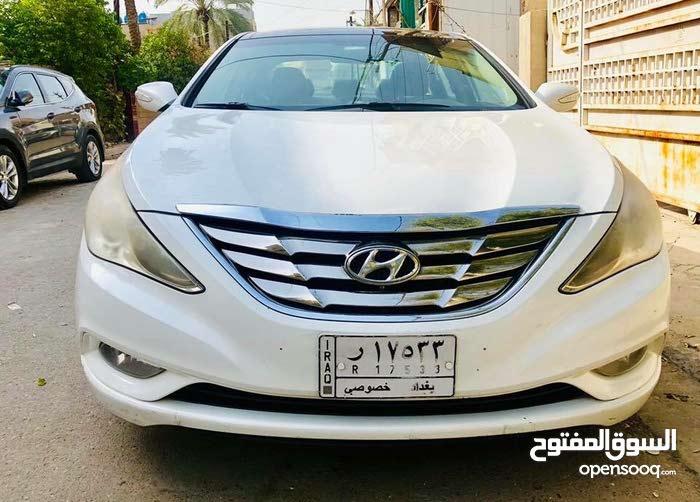 For sale Hyundai Sonata car in Baghdad