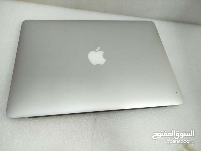 MacBook Air 2015 i5 , 4Gb ram 128Gb SSD , 13 inch Retina display