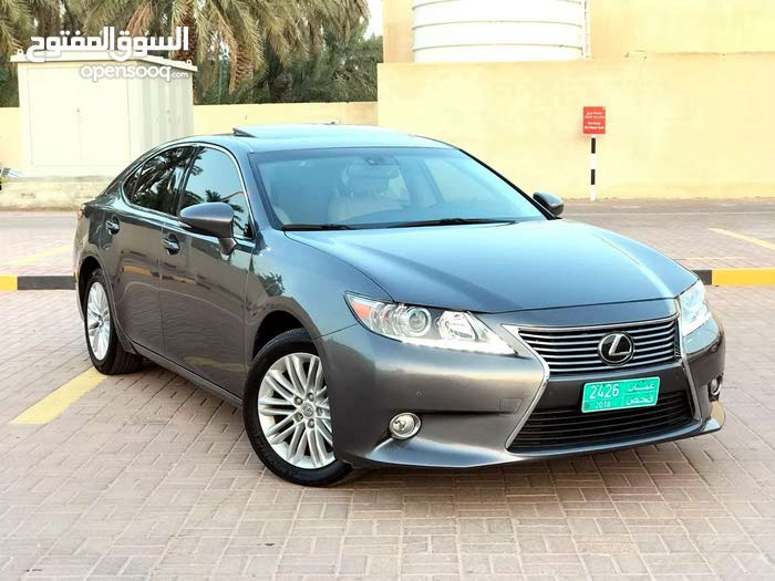 Lexus ES car for sale 2013 in Ibri city