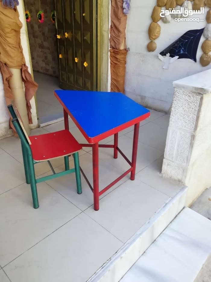 مقاعد و طاولات طلاب روضة Kg و صفوف دنيا