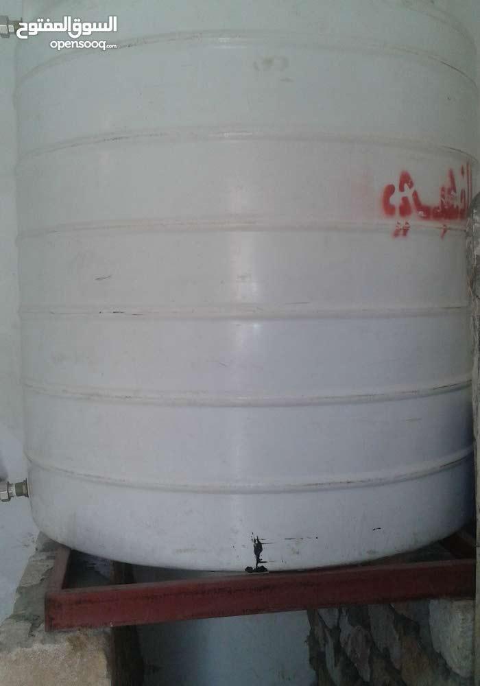 ماكينة مياه تحليه سعة 8 الاف لتر باليوم بحاله جيده جدا وحاليا موجوده بمحل شغاله