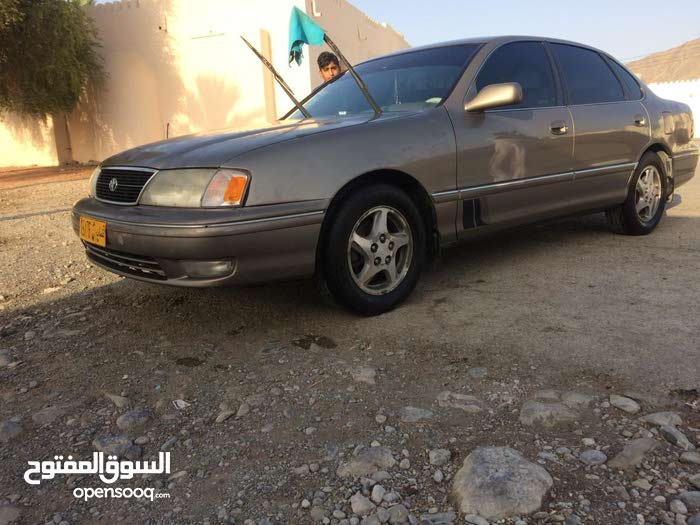 Toyota Avalon car for sale 1999 in Rustaq city