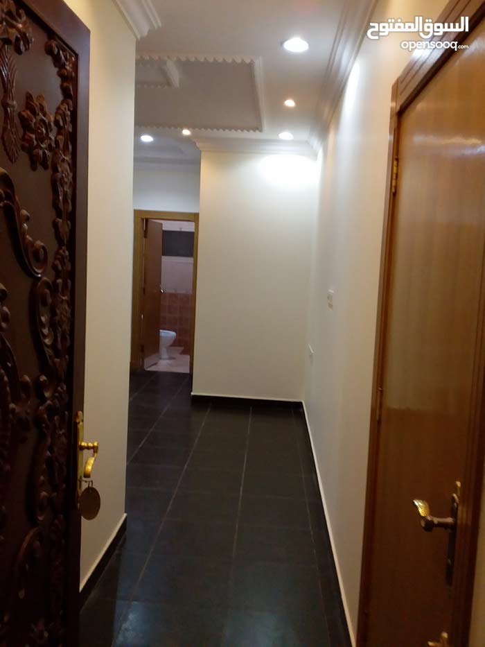 First Floor  apartment for rent with 2 rooms - Al Riyadh city Al Hamra