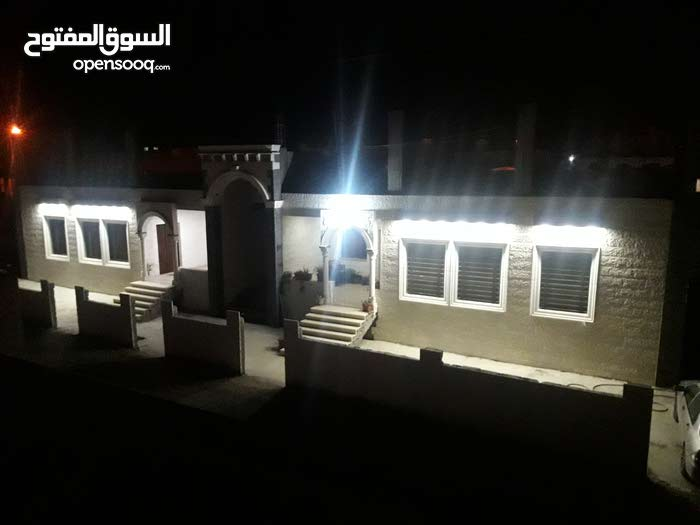 Apartment property for sale Madaba - Hanina Al-Gharbiyyah directly from the owner