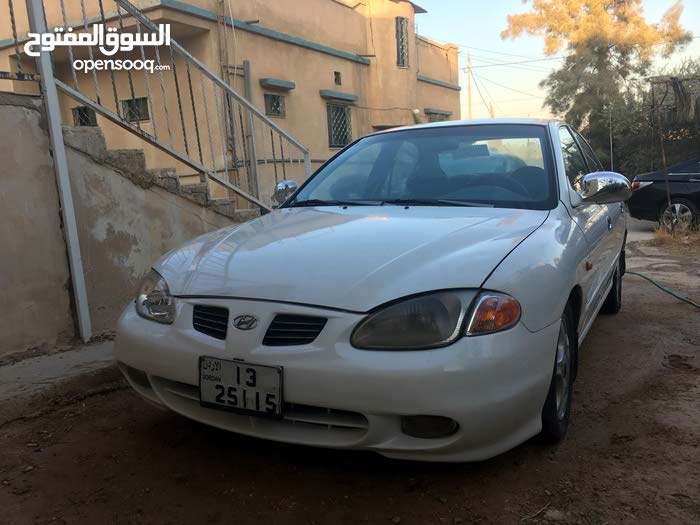 Automatic White Hyundai 1999 for sale