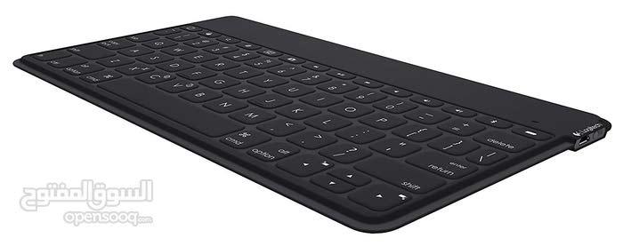 لوحة مفاتيح لاسلكية من شركة LogiTech المشهورة تعمل مع iphone & iPad و Android
