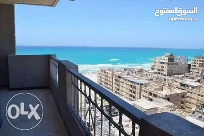 شقه مصيفيه باول الساحل
