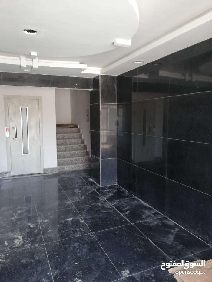 شقة بكمبوند في الشيخ زايد