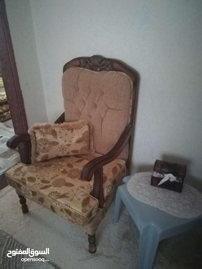 Mafraq – A Sofas - Sitting Rooms - Entrances that's condition is Used