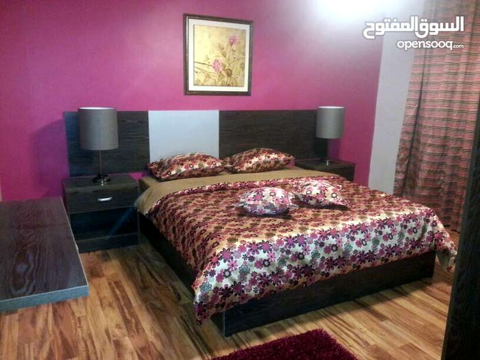 شقه مفروشه للإيجار اليومي في عمان 3 نوم رقم 21 صالتين