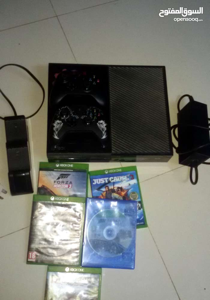 Muscat - Used Xbox One console for sale