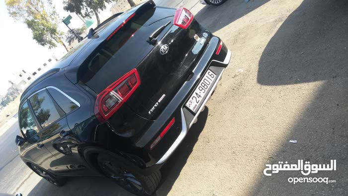 Black Kia Niro 2017 for sale