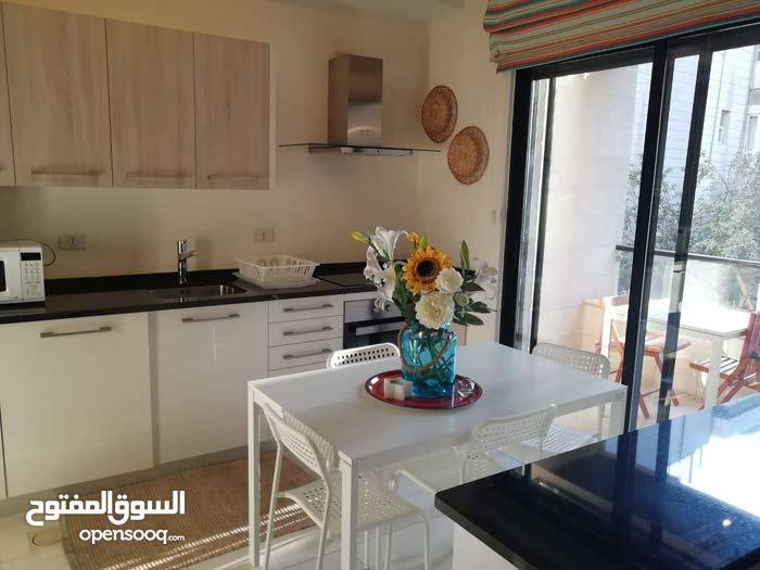 شقة في عبدون الشمالي - طابق اول