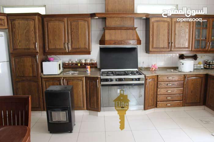 شقه دوبلكس (تسويه - ارضي) للبيع في الاردن - عمان تلاع العلي مساحتها 290م