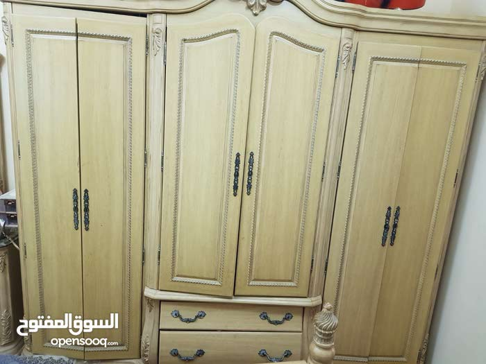 For sale Bedrooms - Beds in Used condition - Southern Governorate