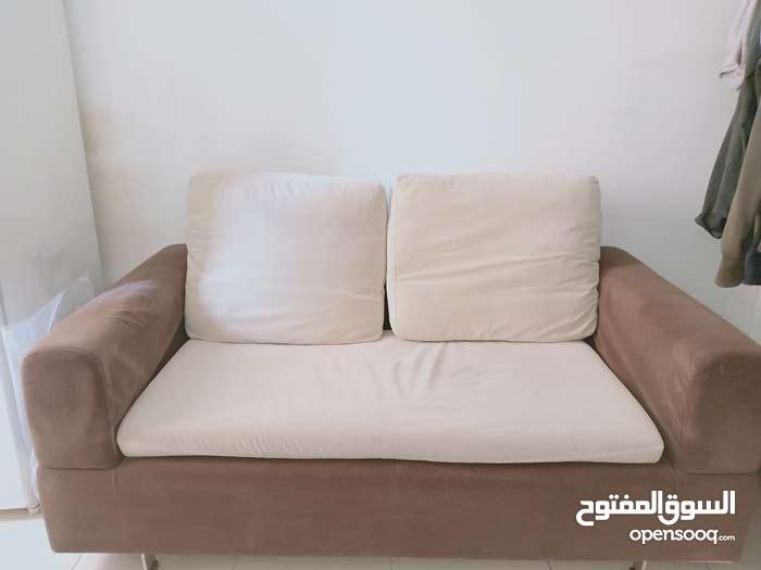 كنبة من إيكيا وسرير معدني و كرسي