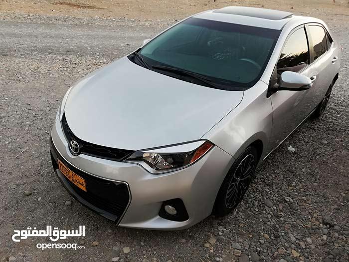 Toyota Corolla 2014 For sale - Silver color