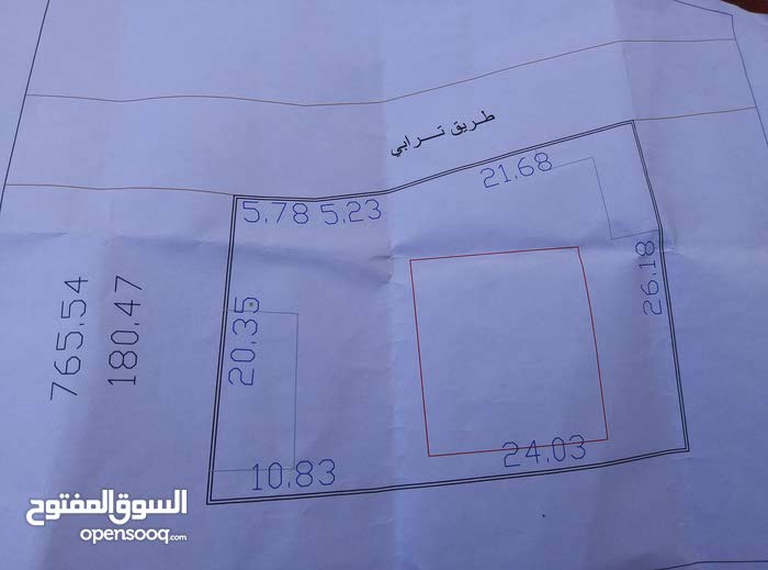 منزل مساحته 180 متر والأرض 765.54 متر للبيع المكان المقاصبة مصراتة