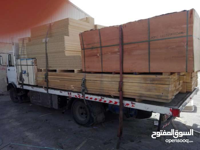 شاحنة مرسيدس LB  813  للبيع