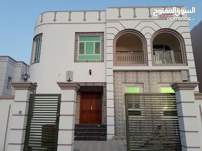 4 rooms More than 4 bathrooms Villa for sale in SeebAl Maabilah