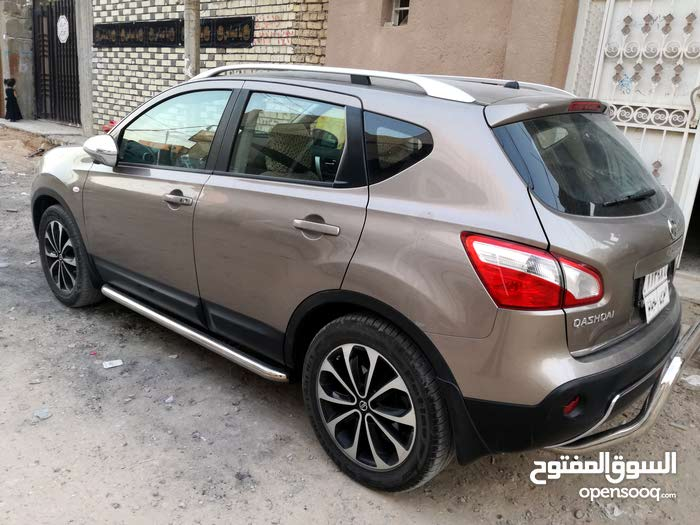 2012 Used Qashqai with Manual transmission is available for sale