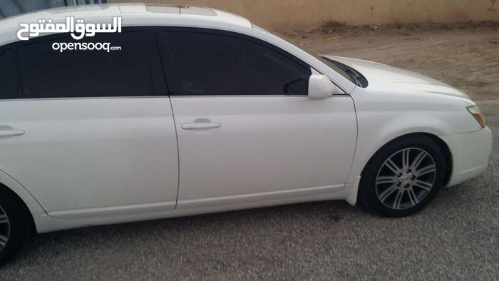 Toyota Avalon car for sale 2005 in Al Kamil and Al Waafi city