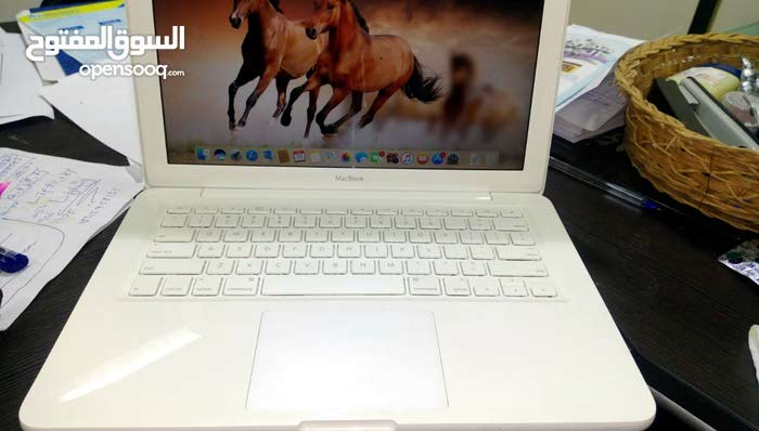 MacBook in excellent condition for sale