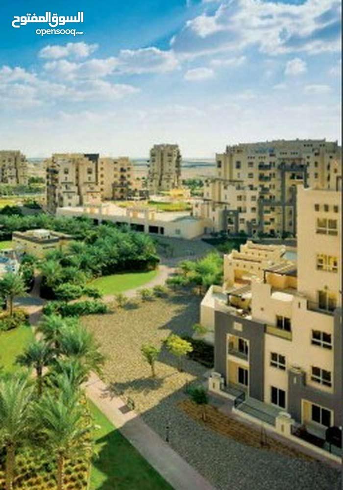 وحده سكنيه متميزه بدبي لاند بين شارع حصه وشارع الامارات