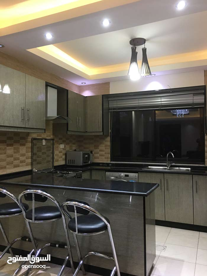 in Amman apartment Third Floor for rent