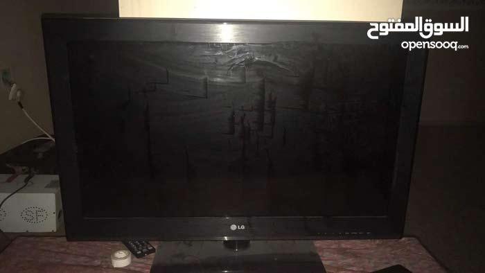 شاشة LCD صنع كوريا